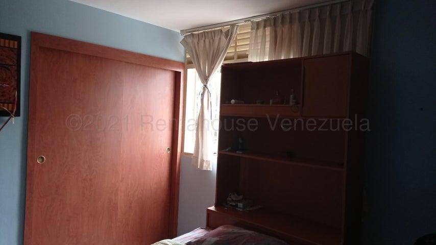 Apartamento Distrito Metropolitano>Caracas>Los Dos Caminos - Venta:60.000 Precio Referencial - codigo: 21-12648