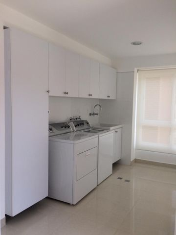 Apartamento Distrito Metropolitano>Caracas>Lomas del Sol - Venta:1.100.000 Precio Referencial - codigo: 21-12672