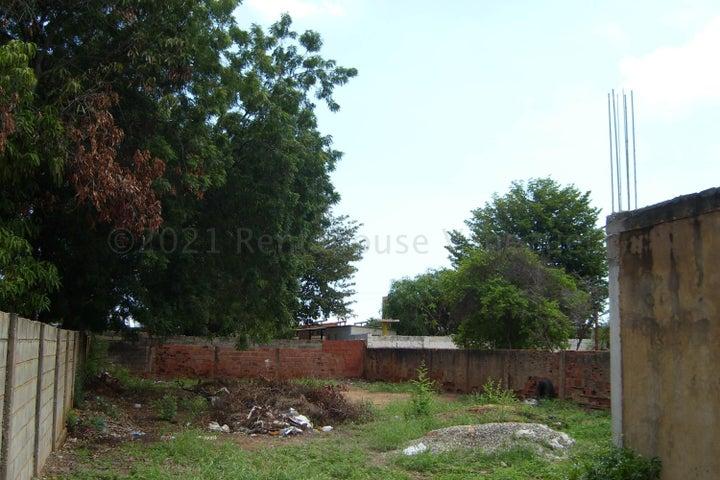 Terreno Zulia>Maracaibo>La Victoria - Venta:9.000 Precio Referencial - codigo: 21-12700