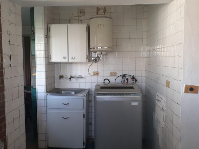 Apartamento Distrito Metropolitano>Caracas>La Florida - Venta:69.000 Precio Referencial - codigo: 21-12705