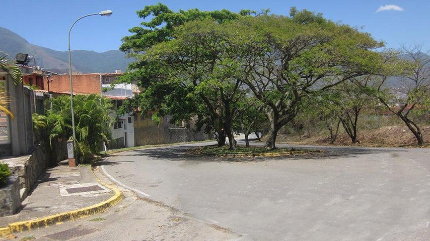 Casa Distrito Metropolitano>Caracas>Colinas de La California - Venta:200.000 Precio Referencial - codigo: 21-12714