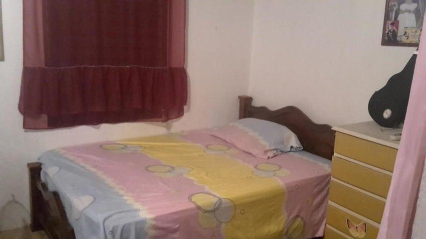Casa Lara>Barquisimeto>Parroquia Santa Rosa - Venta:19.500 Precio Referencial - codigo: 21-12708