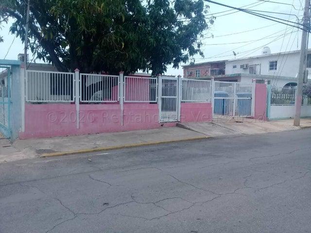 Casa Zulia>Maracaibo>Maracaibo - Venta:8.500 Precio Referencial - codigo: 21-12722