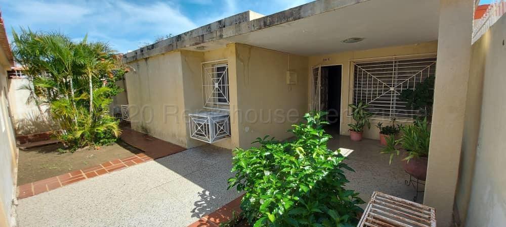 Casa Zulia>Maracaibo>La Trinidad - Alquiler:130 Precio Referencial - codigo: 21-12725