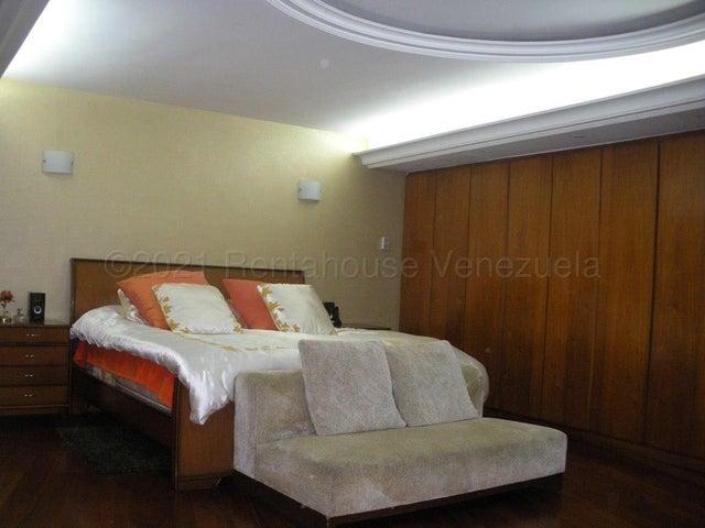 Apartamento Distrito Metropolitano>Caracas>Campo Alegre - Venta:1.400.000 Precio Referencial - codigo: 21-12779