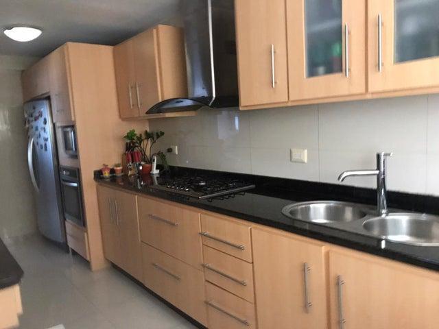 Apartamento Distrito Metropolitano>Caracas>Manzanares - Venta:65.000 Precio Referencial - codigo: 21-12835