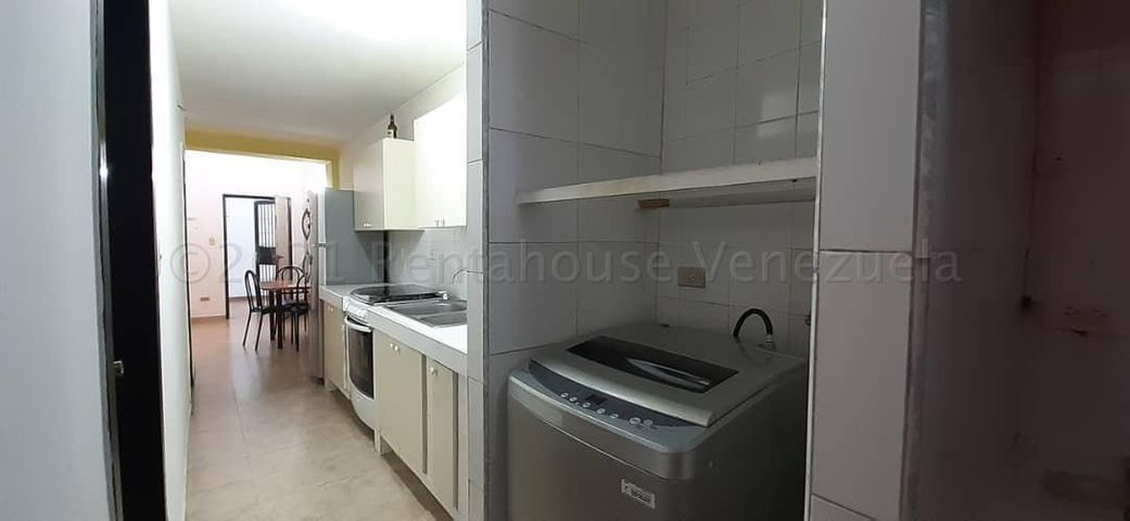 Apartamento Aragua>Maracay>La Morita - Venta:10.000 Precio Referencial - codigo: 21-12924