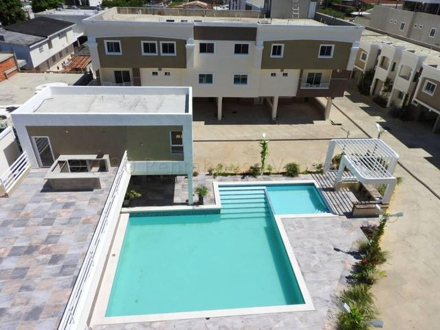 Apartamento Zulia>Ciudad Ojeda>Avenida Vargas - Venta:20.000 Precio Referencial - codigo: 21-13120