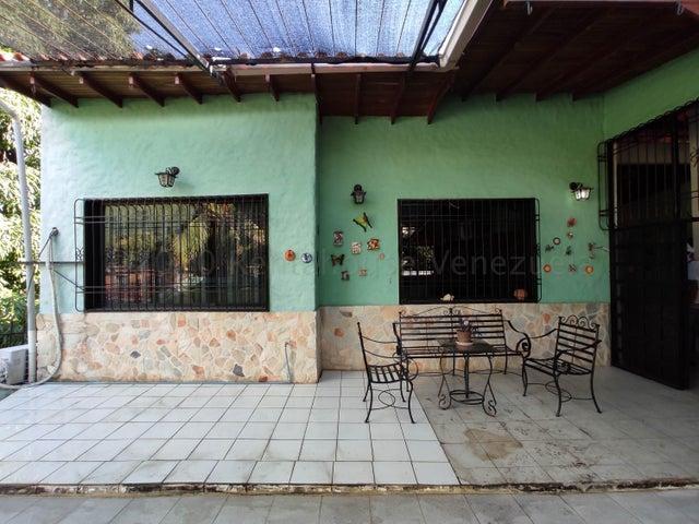 Casa Aragua>Maracay>El Limon - Venta:42.000 Precio Referencial - codigo: 21-13228
