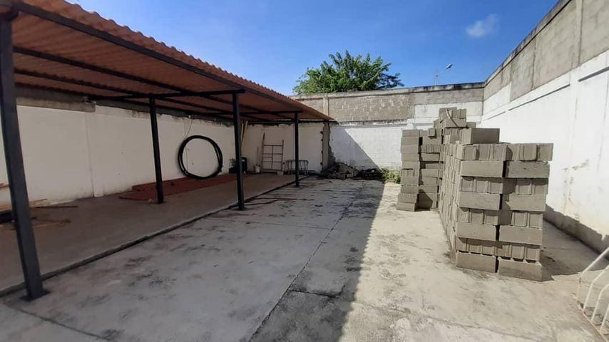 Galpon - Deposito Yaracuy>Sabana de Parra>Jose A Paez - Venta:26.000 Precio Referencial - codigo: 21-13249