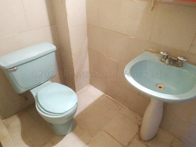 Casa Aragua>Turmero>La Macareña - Venta:18.900 Precio Referencial - codigo: 21-13105