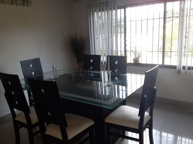Apartamento Miranda>Los Teques>La Quinta - Venta:35.000 Precio Referencial - codigo: 21-13345