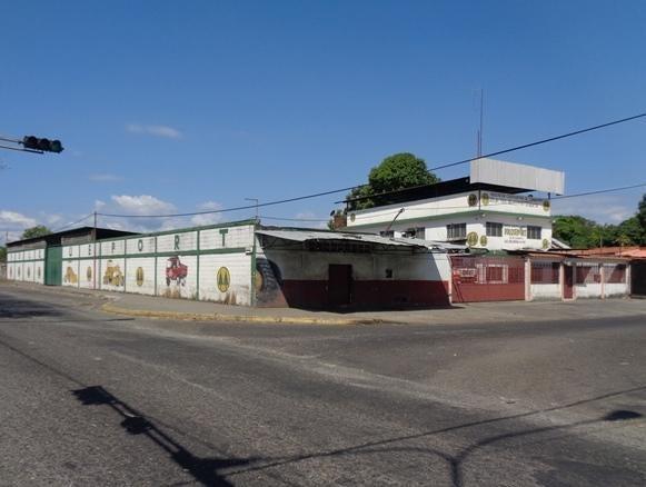 Terreno Portuguesa>Acarigua>Centro - Venta:160.000 Precio Referencial - codigo: 21-13389