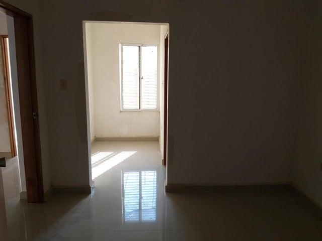 Apartamento Zulia>Cabimas>Bello Monte - Venta:11.000 Precio Referencial - codigo: 21-13424