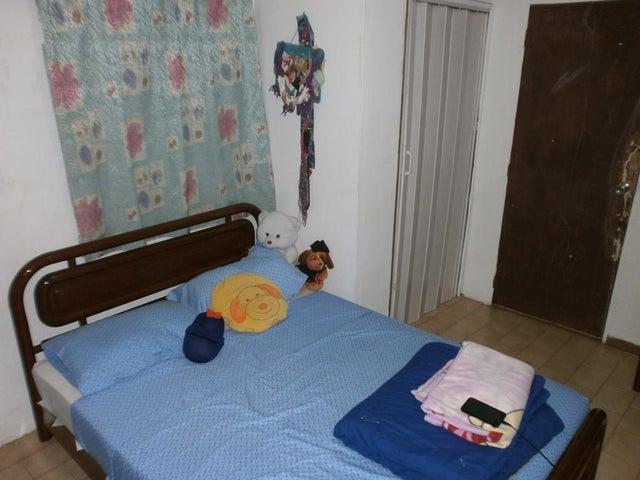 Casa Zulia>Cabimas>Las 40 - Venta:12.000 Precio Referencial - codigo: 21-13493