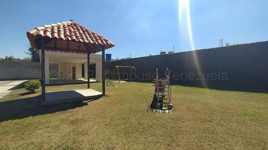 Casa Carabobo>Municipio San Diego>Sabana del Medio - Venta:26.000 Precio Referencial - codigo: 21-13551