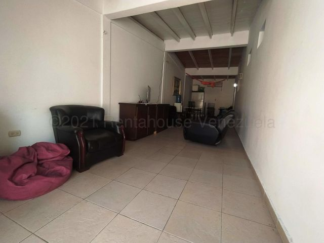 Casa Lara>Cabudare>El Valle - Venta:16.000 Precio Referencial - codigo: 21-13570