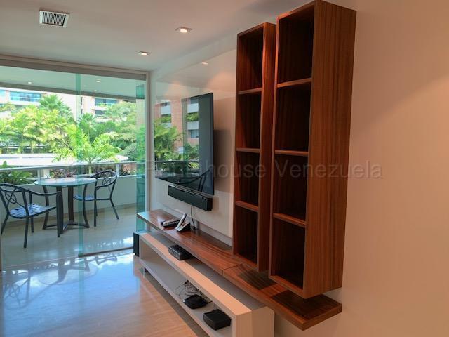 Apartamento Distrito Metropolitano>Caracas>Campo Alegre - Venta:420.000 Precio Referencial - codigo: 21-13806
