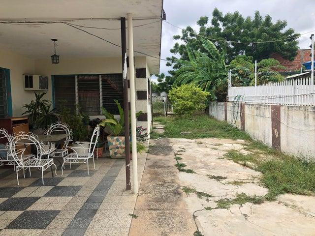 Terreno Zulia>Ciudad Ojeda>Calle Merida - Venta:40.000 Precio Referencial - codigo: 21-13645