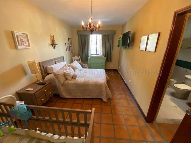 Casa Distrito Metropolitano>Caracas>Macaracuay - Venta:750.000 Precio Referencial - codigo: 21-13693