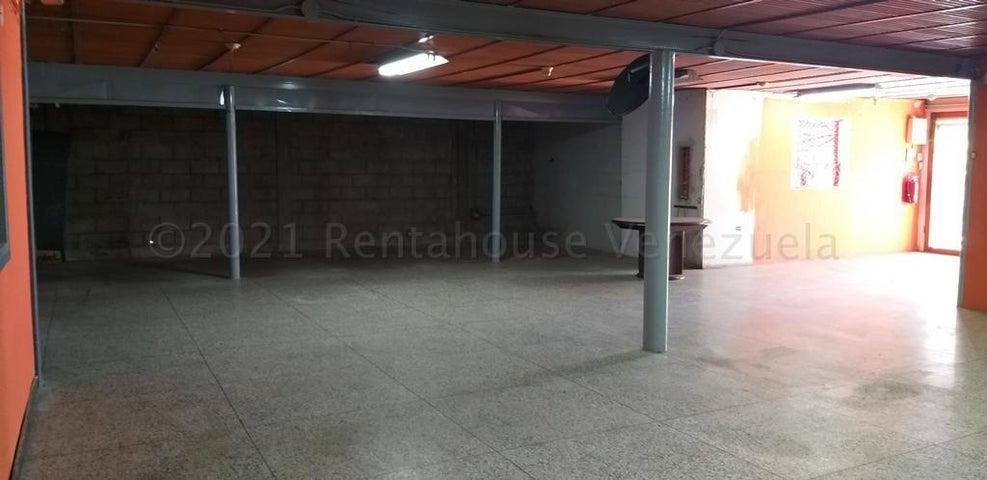 Local Comercial Zulia>Cabimas>Carretera H - Alquiler:300 Precio Referencial - codigo: 21-13817