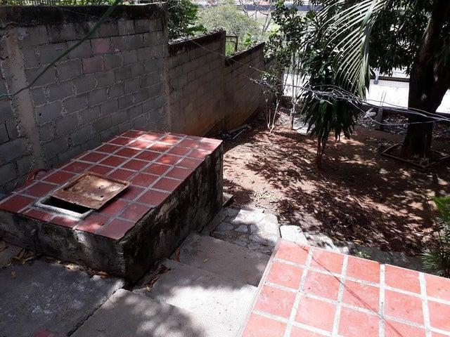 Casa Miranda>Guatire>Guatire - Venta:75.000 Precio Referencial - codigo: 21-14051