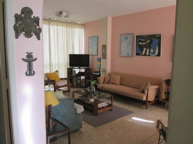 Apartamento Distrito Metropolitano>Caracas>Colinas de Bello Monte - Venta:39.800 Precio Referencial - codigo: 21-13900