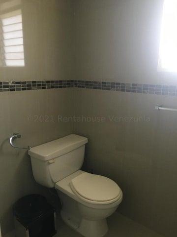 Apartamento Distrito Metropolitano>Caracas>Terrazas del Avila - Venta:80.000 Precio Referencial - codigo: 21-13968