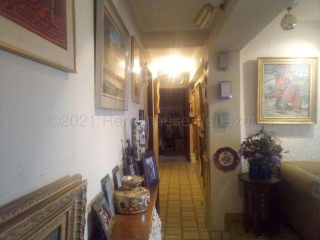 Apartamento Zulia>Maracaibo>Club Hipico - Venta:6.250 Precio Referencial - codigo: 21-13996