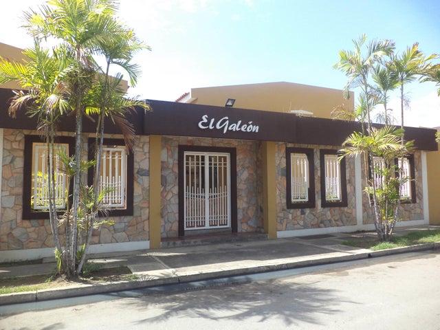 Townhouse Carabobo>Puerto Cabello>Cumboto - Venta:55.000 Precio Referencial - codigo: 21-14009