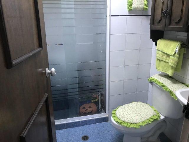 Apartamento Lara>Cabudare>Parroquia Cabudare - Venta:21.000 Precio Referencial - codigo: 21-14013
