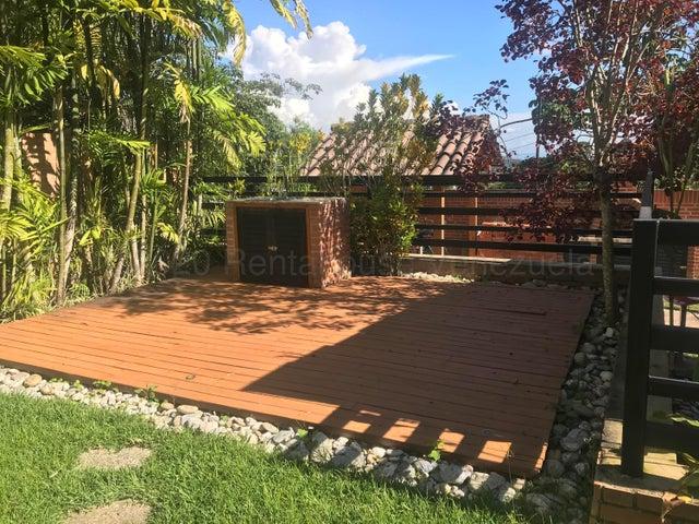 Casa Distrito Metropolitano>Caracas>Oripoto - Venta:295.000 Precio Referencial - codigo: 21-14021