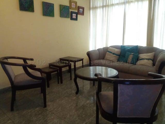 Casa Lara>Cabudare>Centro - Venta:32.000 Precio Referencial - codigo: 21-14157