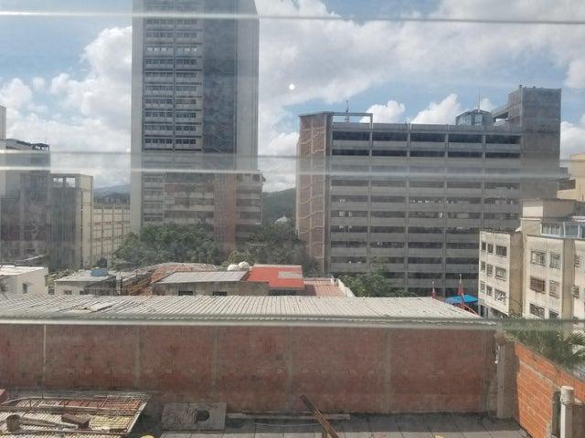 Apartamento Distrito Metropolitano>Caracas>Guaicaipuro - Venta:18.000 Precio Referencial - codigo: 21-14227