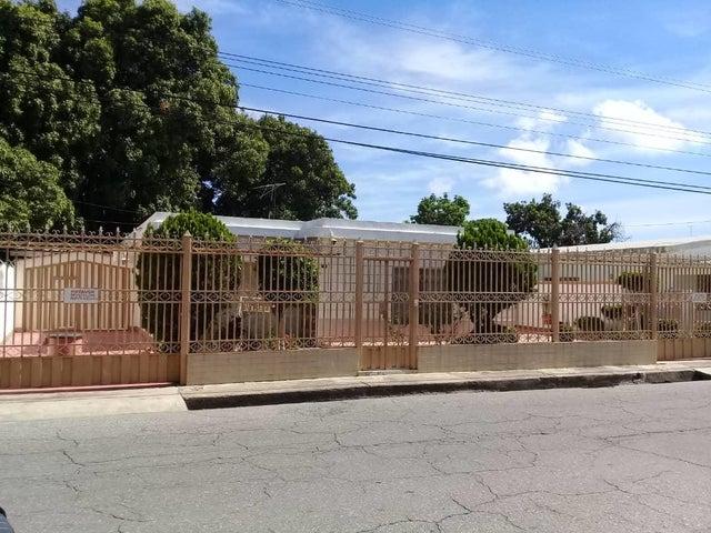Casa Lara>Barquisimeto>Parroquia Concepcion - Venta:100.000 Precio Referencial - codigo: 21-14266