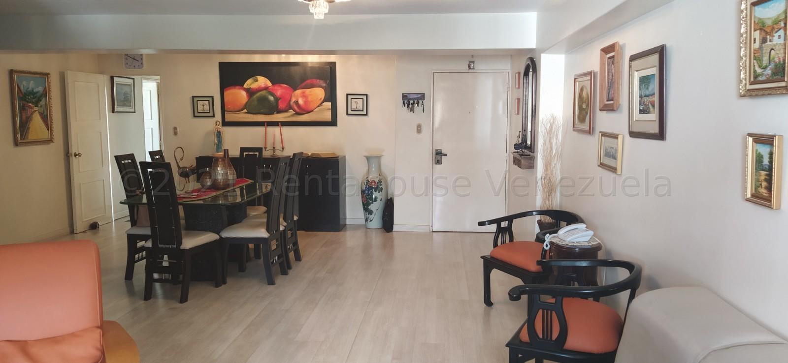 Apartamento Distrito Metropolitano>Caracas>El Cigarral - Venta:145.000 Precio Referencial - codigo: 21-15055