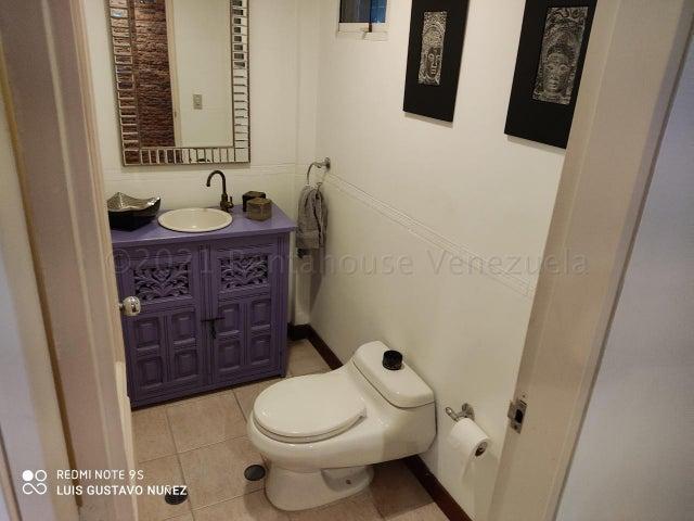 Casa Distrito Metropolitano>Caracas>San Rafael de La Florida - Venta:475.000 Precio Referencial - codigo: 21-14349