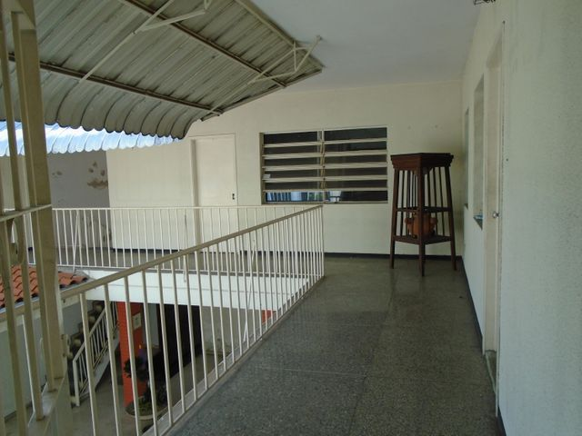 Casa Distrito Metropolitano>Caracas>La Florida - Venta:199.000 Precio Referencial - codigo: 21-17920