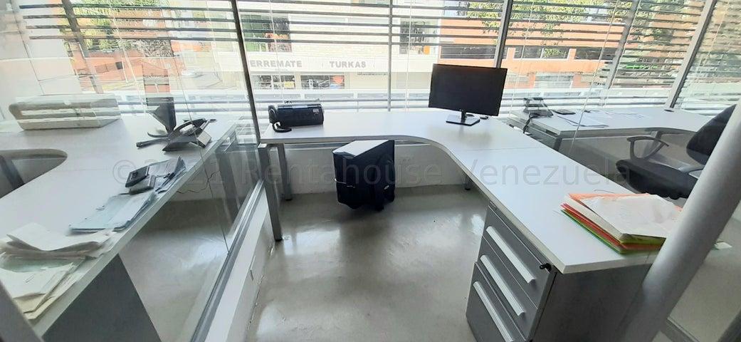 Local Comercial Lara>Barquisimeto>Nueva Segovia - Venta:1.500.000 Precio Referencial - codigo: 21-14399
