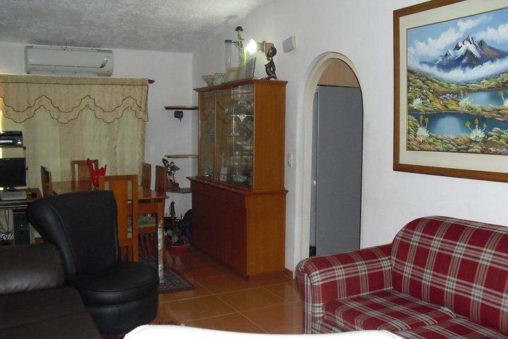 Casa Miranda>Charallave>Mata Linda - Venta:40.000 Precio Referencial - codigo: 21-14449