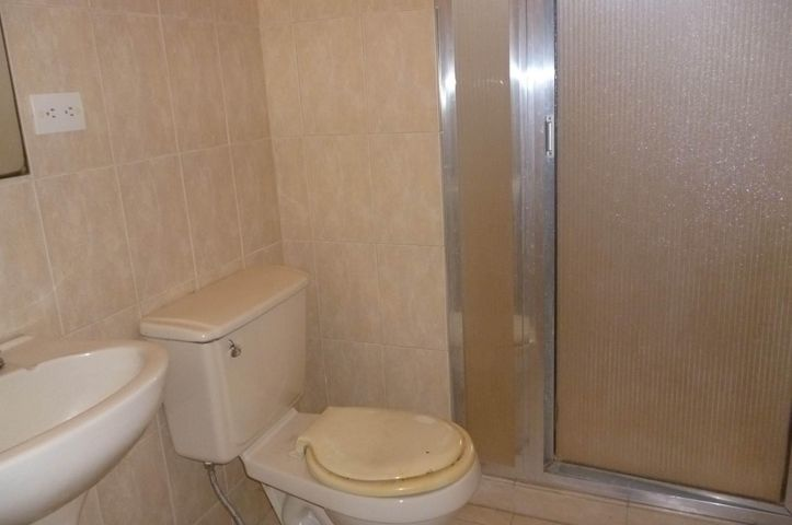 Apartamento Zulia>Maracaibo>Avenida Bella Vista - Venta:28.000 Precio Referencial - codigo: 21-14553