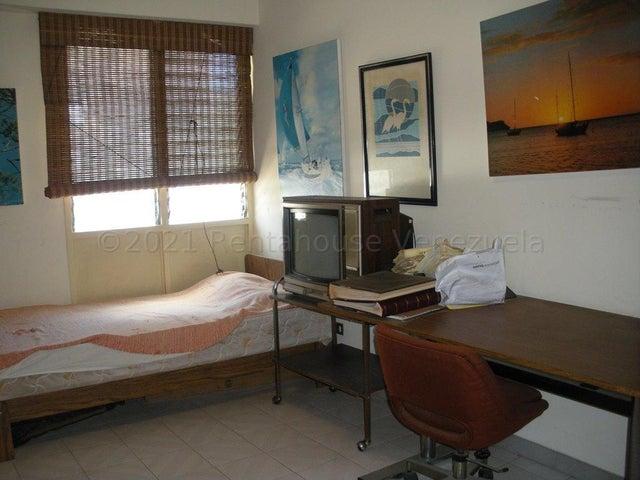 Apartamento Distrito Metropolitano>Caracas>Cumbres de Curumo - Venta:80.000 Precio Referencial - codigo: 21-14628
