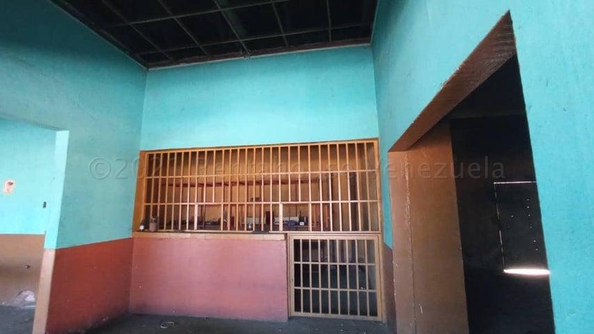 Local Comercial Zulia>Maracaibo>La Limpia - Venta:55.000 Precio Referencial - codigo: 21-14742