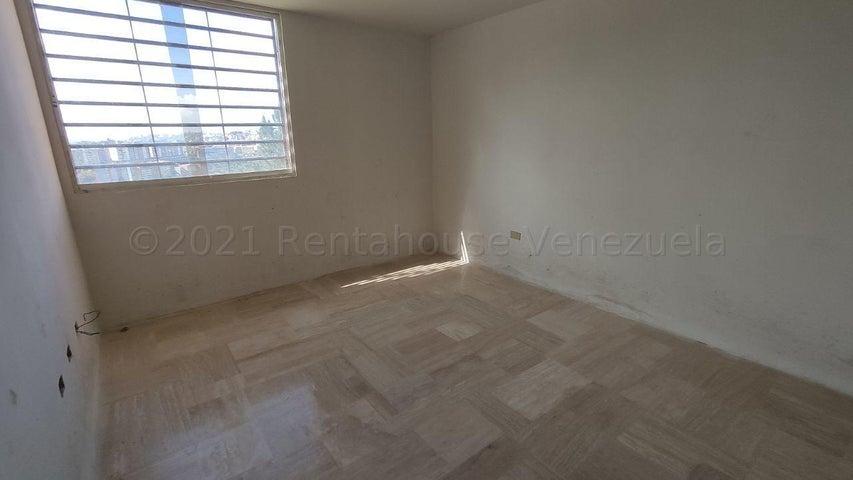 Apartamento Distrito Metropolitano>Caracas>Colinas de La Tahona - Venta:65.000 Precio Referencial - codigo: 21-14792