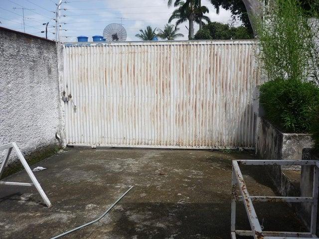 Casa Distrito Metropolitano>Caracas>Alta Florida - Venta:140.000 Precio Referencial - codigo: 21-14863