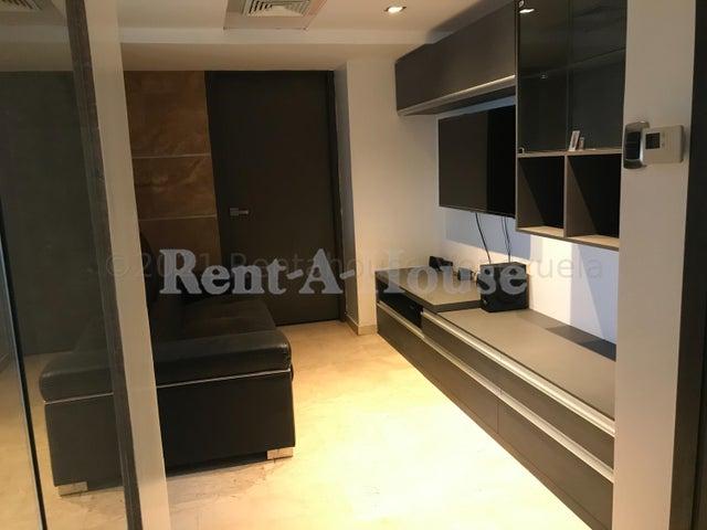 Apartamento Zulia>Maracaibo>Avenida El Milagro - Alquiler:450 Precio Referencial - codigo: 21-14941