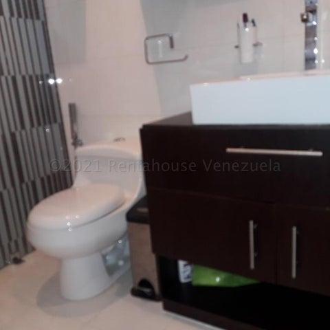 Casa Distrito Metropolitano>Caracas>Alto Hatillo - Venta:480.000 Precio Referencial - codigo: 21-14954
