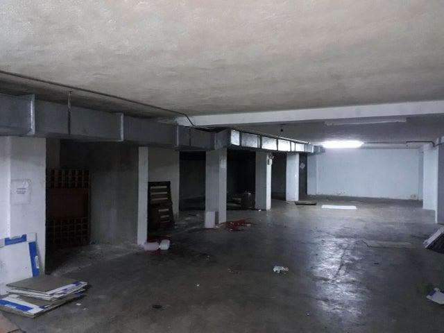 Local Comercial Distrito Metropolitano>Caracas>Parroquia Santa Rosalia - Alquiler:1.800 Precio Referencial - codigo: 21-14984