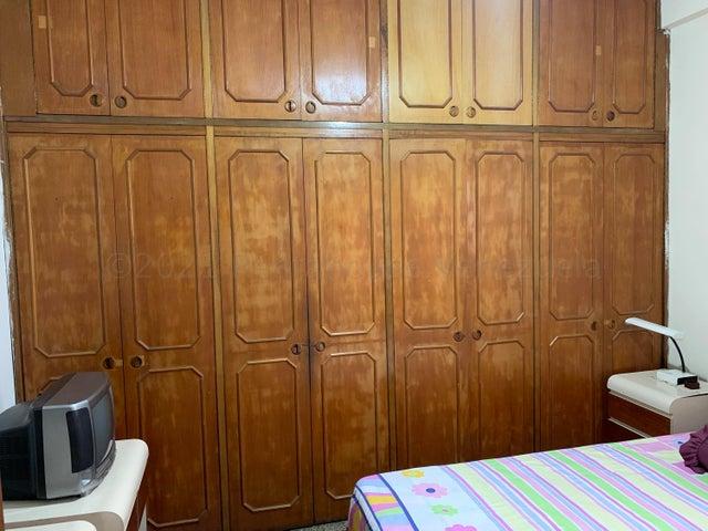 Apartamento Distrito Metropolitano>Caracas>Los Caobos - Venta:30.000 Precio Referencial - codigo: 21-15113