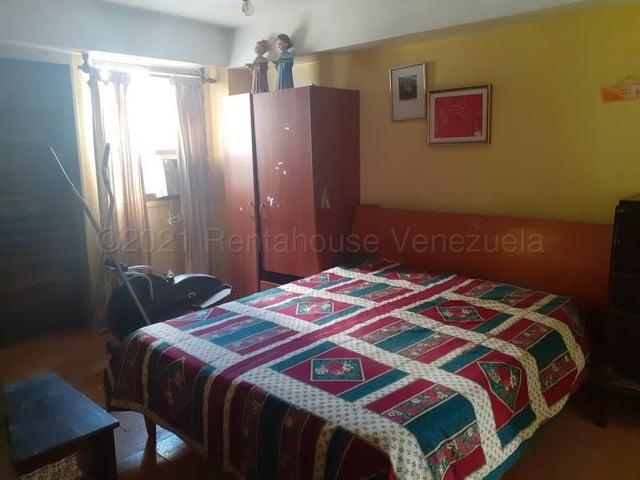 Apartamento Distrito Metropolitano>Caracas>El Marques - Venta:39.000 Precio Referencial - codigo: 21-16995